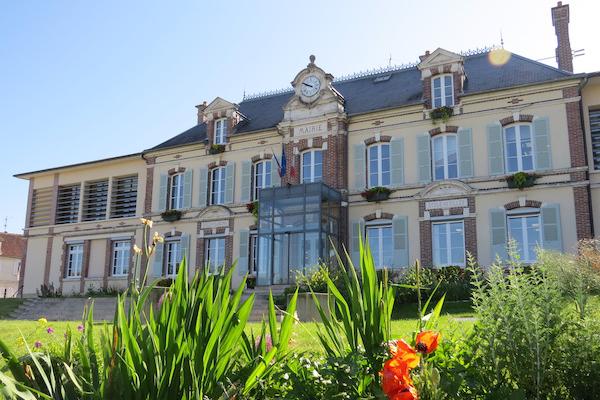 la mairie de Monéteau
